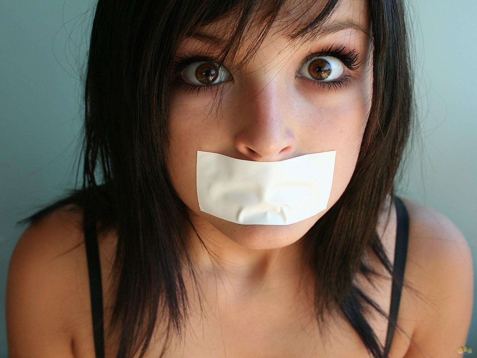 Самый большой рот у девушки фото 22 фотография