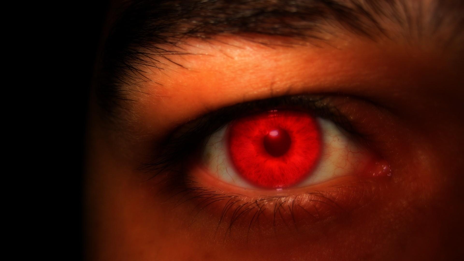 у убийц белое пятно в глазах фото
