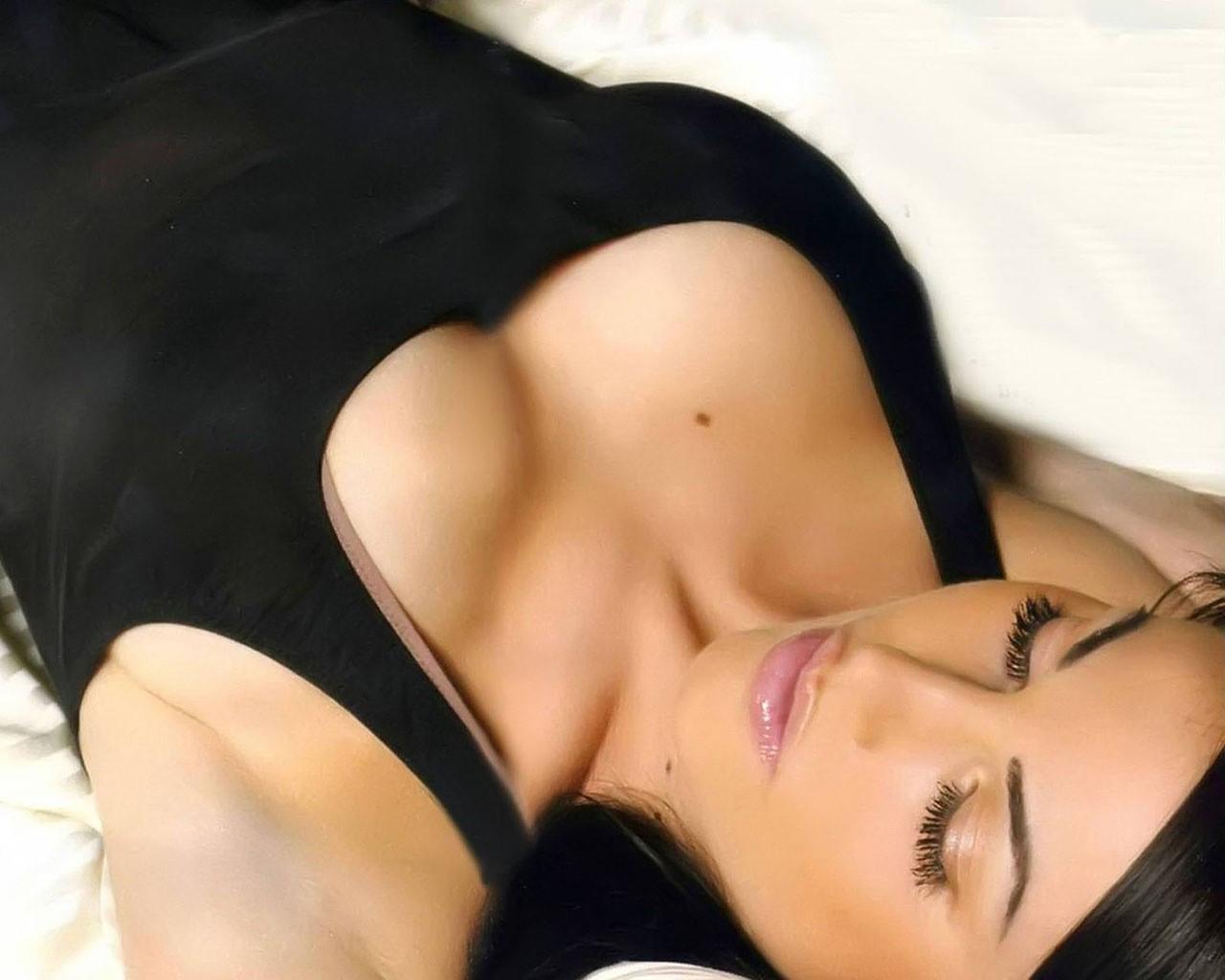 Упругая грудь женская фото 8 фотография