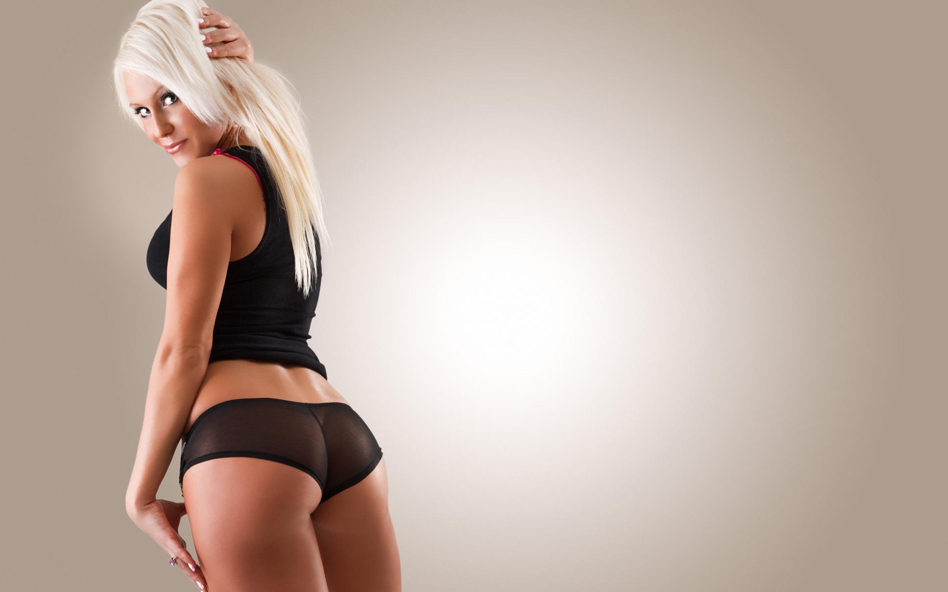 Фото молодой девушки со спины 17 фотография