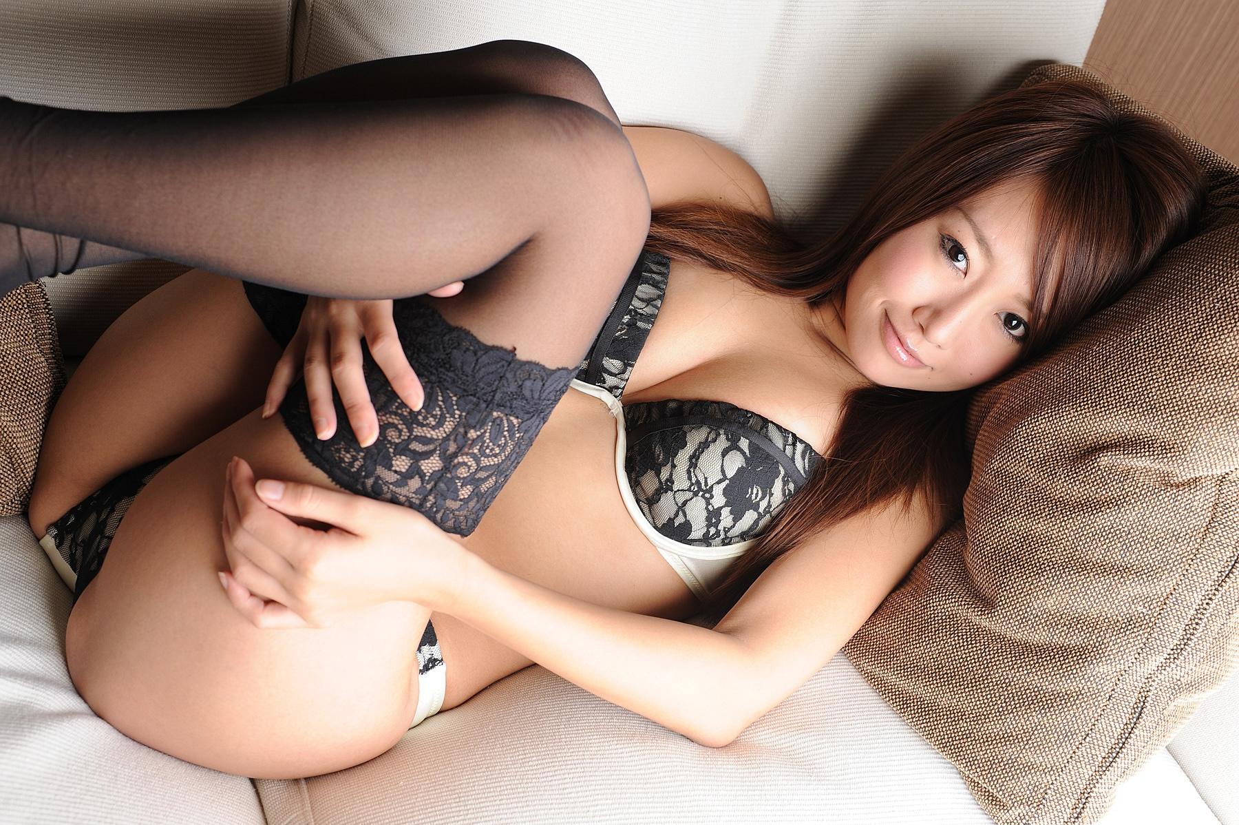 русское порно фото японок в сексуальном белье сидел