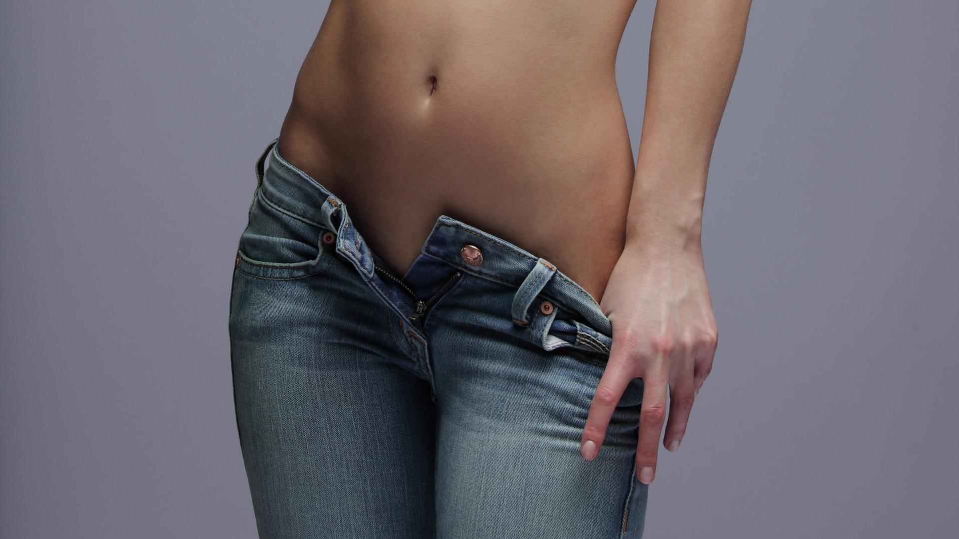 Снимает джинси фото 9 фотография